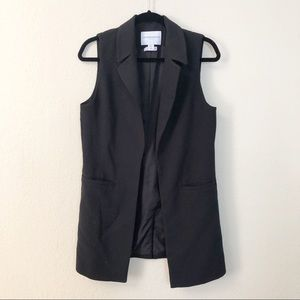 Katherine Barclay | Black Sleeveless Blazer Jacket